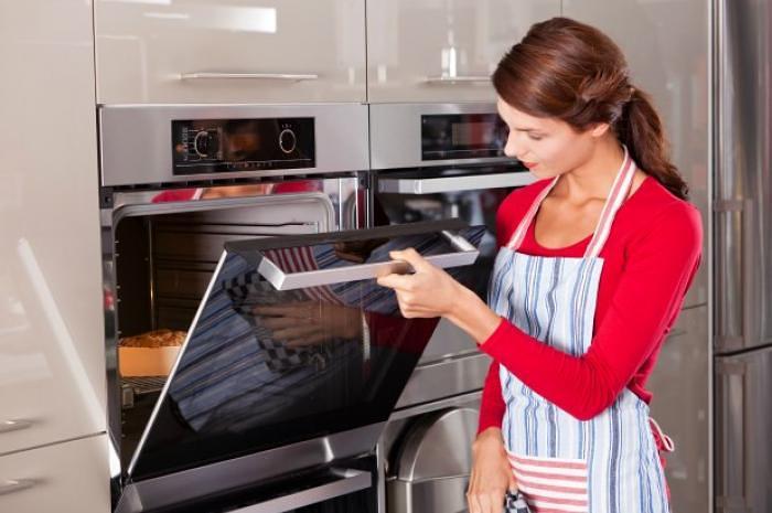 4-oven-keep-warm-shutterstock-slide