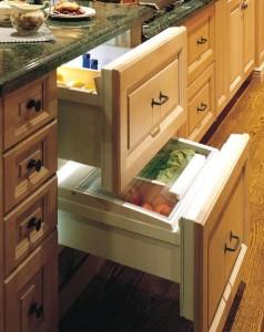 sub-zero-700br-refrigerator-drawers-overlay-model-457x576