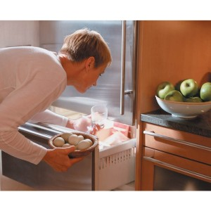 How to defrost a Freezer fast